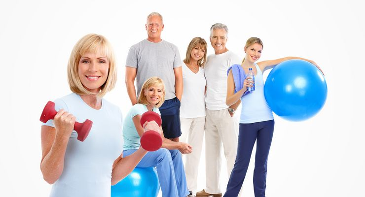 Sportliche Familie lächelt in die Kamera mb_bonus2015_neu.jpg
