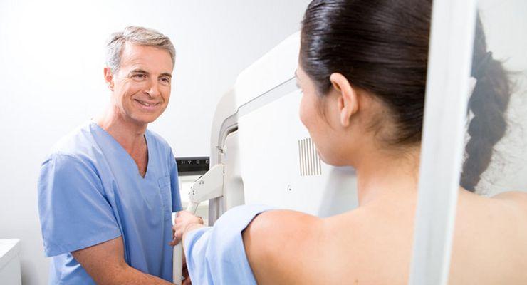 Frau beim Mammographie-Screening ml_mammographie.jpg