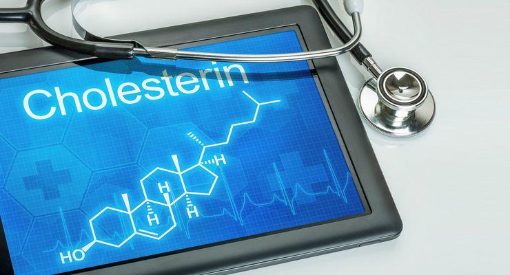 Tablet mit der chemischen Strukturformel von Cholesterin mg_cholesterin.jpg